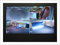 待機室のモニター画面